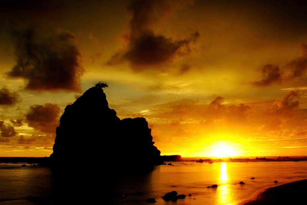 Sunset By Love Banget