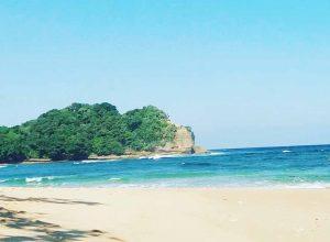 Pantai Bantol
